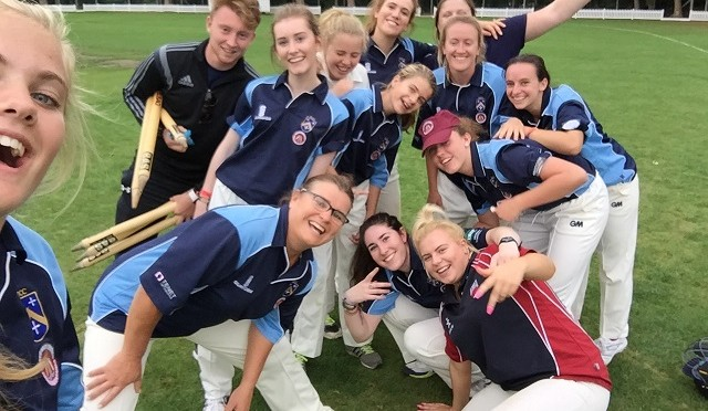 stoke-molesey-ladies-selfie-v-epsom-september-2016