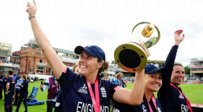 Nat Sciver World Cup Lap Of Honour